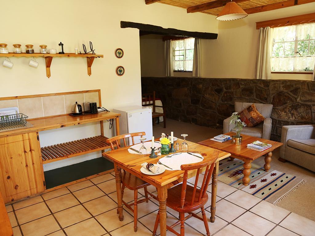 Garden Cottage4